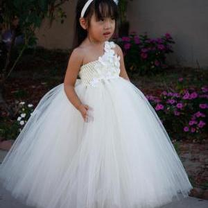 Flower girl dress. Ivory with Ivory..